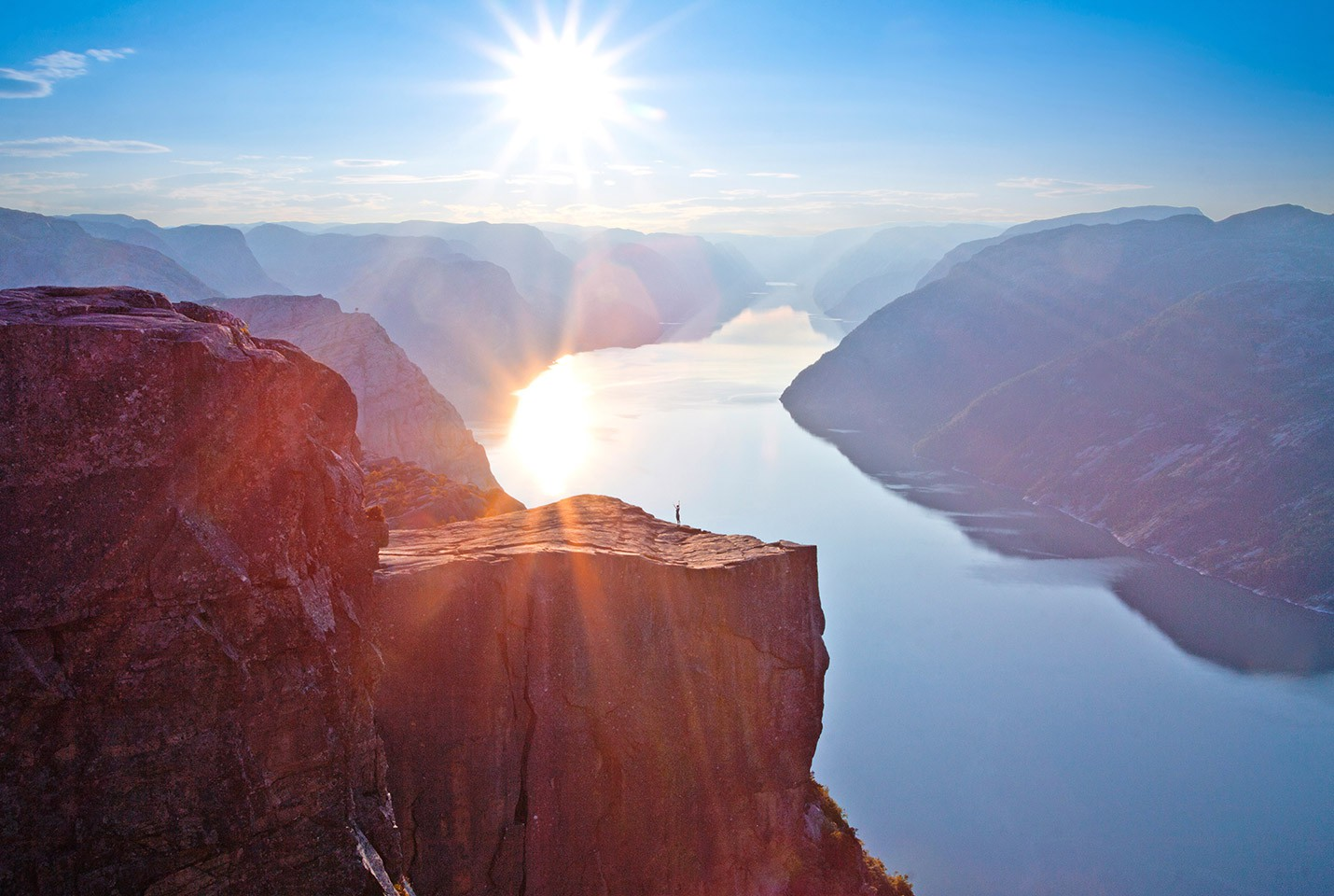 Afbeelding van Aegir Preikestolen At Sunrise Paul Edmundson VisitNorway