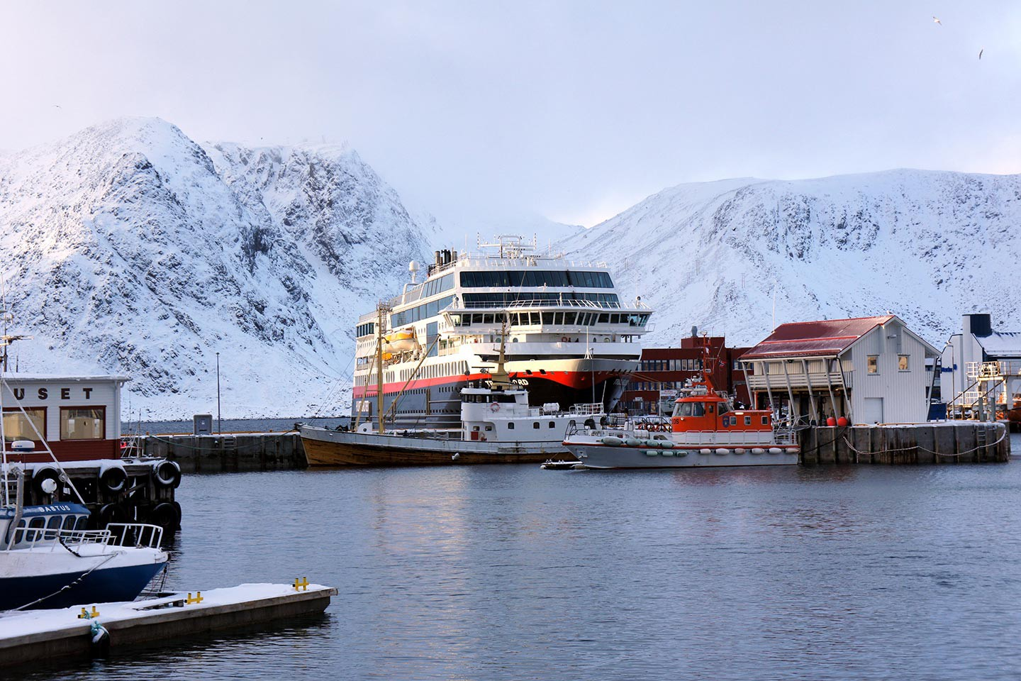 Afbeelding van Hurtigruten Witte Winter Expeditie MS Trollfjord Honningsvag Norway HGR Photo Competition