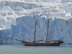 Boot-Spitsbergen-Oceanwide-Expeditions-9.jpg
