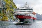 ms-richard-with-trollfjorden-robert-cranna-hurtigruten.jpg