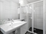 scandic-byparken-junior-suite-bathroom_1476885172.jpg