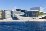 treintrip-bergen-oslo-trondheim-bragi-the-opera-house-from-the-harbour-promenade-visitoslo-didrick-stenersen.jpg